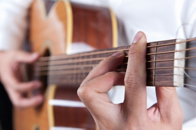 Playing Barre Chords without Capo